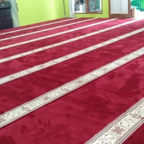 Karpet Masjid Masterpice Merah Pasang