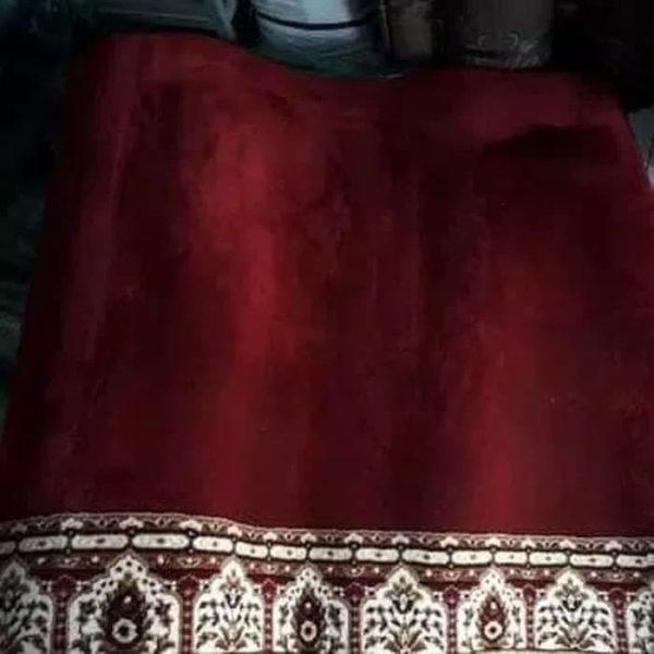 karpet masjid al maqbul merah