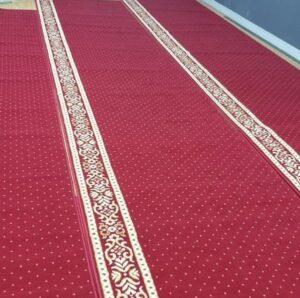 Cara Mengharumkan Karpet Masjid