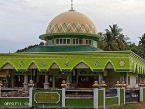 pengirima karpet masjid Turki oleh Al Hidayat Karpet ke Masjid Raya Nurul Huda Desa Batuawu Sulawesi Tenggara