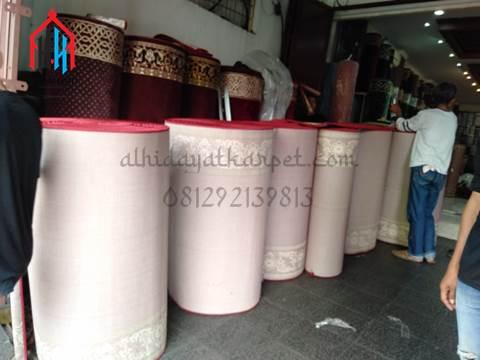 karpet masjid sudah dipotong sesuai ukuran shaf
